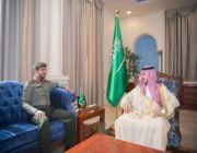 أمير الجوف يستقبل مدير جوازات المنطقة المعيًن حديثاً